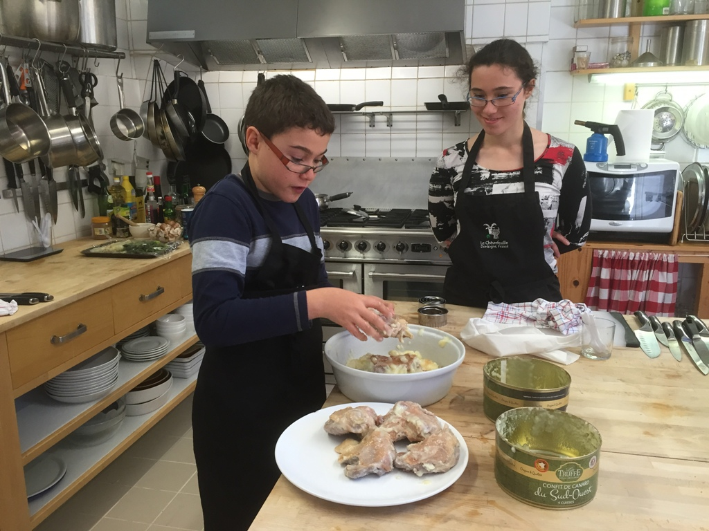 FAMILY & JUNIOR CHEF COOKERY COURSES, DORDOGNE, FRANCE